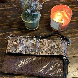 Handbags - Clutch / snake print